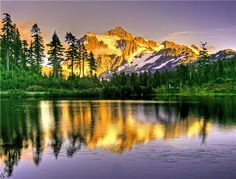 MT Shuksan, Washington State, with beautiful reflections on the water