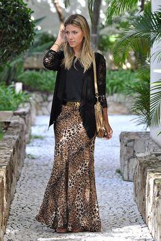 look - saia longa - leopard print - look do dia - moschino belt - bag - analoren Leopard Maxi Skirts, Maxi Skirt Outfits, Leopard Print Skirt, Animal Print Skirt, Modest Dresses, Modest Outfits, Modest Fashion, Chic Outfits, Fashion Outfits