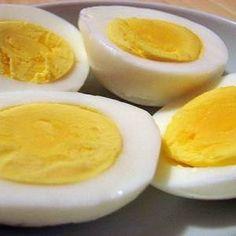 Csak közlöm hogy ez egy igen is jó diéta! 15 kg-ot fogytam tőle 3 évvel ezelőtt… High Protein Snacks, Healthy Snacks, Healthy Recipes, Healthy Life, Perfect Hard Boiled Eggs, Perfect Eggs, Making Hard Boiled Eggs, Portable Snacks, Boiled Egg Diet