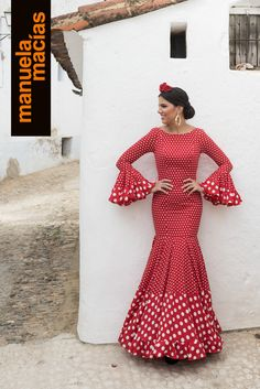 Colección 2018 | Manuela Macías Moda Flamenca African Attire, African Wear, African Dress, Indian Gowns Dresses, African Fashion Dresses, Flamenco Costume, Spanish Dress, Spain Fashion, Feminine Dress