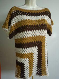 Suéter en crochet Crochet Collar Pattern, Crochet Jumper, Crochet Cover Up, Crochet Flower Patterns, Crochet Blouse, Crochet Designs, Knit Patterns, Knit Crochet, Crochet Granny