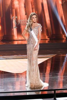 MISS UNIVERSE 2015 :: PRELIMINARY EVENING GOWN COMPETITION | Marthina Brandt, Miss Universe Brazil 2015, competes on stage in her evening gown during The 2015 MISS UNIVERSE® Preliminary Show at Planet Hollywood Resort & Casino Wednesday, December 16, 2015. #MissUniverse2015 #MissUniverso2015 #MissBrasil #MissBrazil #MarthinaBrandt #PreliminaryCompetition #EveningGown #LasVegas #Nevada