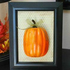 Fall Home Decor-- Easy Framed Pumpkin cute dollar store decor for fall Fall Crafts For Adults, Easy Fall Crafts, Dollar Tree Fall, Dollar Tree Crafts, Dollar Store Halloween, Fall Projects, Craft Projects, Diy Halloween Decorations, Fall Decorations