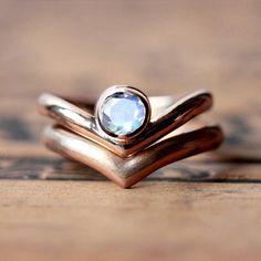 Mondstein Verlobungsring Satz - 14 k rose gold Verlobungsring - Regenbogen Mondstein Ring - moderne Ring - Pfeil Ringe - benutzerdefinierte kundenspezifisch konfektioniert