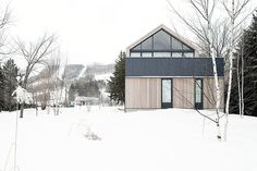 Maison Glissade by Atelier Kastelic Buffey