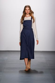 Erin Fetherston Spring 2016 Ready-to-Wear Collection Photos - Vogue   http://www.vogue.com/fashion-shows/spring-2016-ready-to-wear/erin-fetherston/slideshow/collection#11