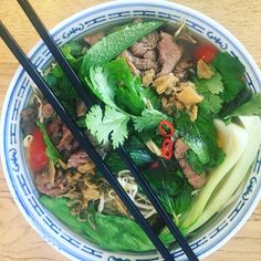Pho Bo (beef noodle ) oh I ❤️so much Thanksgiving Recipes, Holiday Recipes, Party Recipes, Whole Food Recipes, Healthy Recipes, Chili Recipes, Healthy Food, Clean Eating Recipes, Cooking Recipes