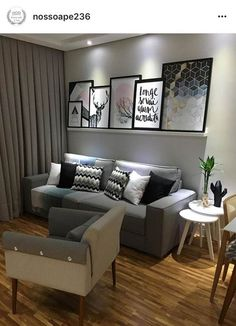32 Sofás para Sala Pequena com Designs Ideais! Farm House Living Room, Small Living Room, Home Decor, Apartment Decor, Home Deco, Living Room Inspiration, Living Decor, Home And Living, Home Decor Furniture