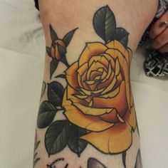 Yellow Rose Tattoo - Neo-Traditional Tattoo Traditional Rose Tattoo - #neotraditional #rose #tattoo #traditional #Yellow Neo Traditional Roses, Traditional Tattoo Flowers, Neo Traditional Tattoo, American Traditional, Neotraditionelles Tattoo, Flor Tattoo, Tattoo Flash, Tattoos Skull, Body Art Tattoos