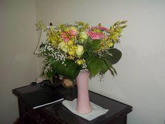 Bridal bouquet Floral Bouquets, Glass Vase, Bridal, Plants, Design, Home Decor, Flower Bouquets, Decoration Home, Bride