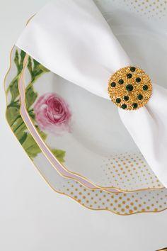 Armilar Ambience. Unique details for unique moments. #GAhomestyle #Greenapple #Home #dining #decoration #dinnerware #armilar #Limoges #porcelain