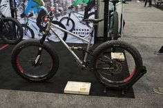 Proudfoot with its Proudfat. This bike is lighter than most peoples xc setups. This was one of the most fun looking fat bikes at the show.