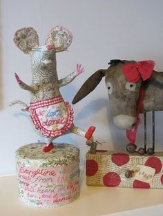 Evangaline the mouse was made by the talented Vanessa Cabban, and Donkey was made by the fabulous Flossie Limejuice....