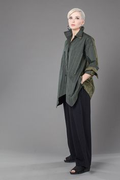 Outside Shirt in Tiano Combi Carnaby - showing a double collar, double cuffs, and split fabric colors front and back - Nice!