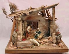me ~ portal con madera Christmas Crib Ideas, Church Christmas Decorations, Wooden Christmas Crafts, Christmas Nativity Set, Diy Christmas Lights, Christmas Village Display, Beaded Christmas Ornaments, Christmas Home, Christmas Holidays