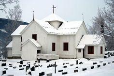 Tretten kirke - Kirker i Norge | Kirkesøk