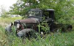 Abandoned Truck by Anthony K., via Flickr