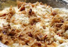 prajitura cu iaurt si mere4 Grains, Deserts, Food, Essen, Postres, Meals, Dessert, Seeds, Yemek