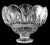 Passing the holidays with the Flowing Bowl - Denizen Rum Punch Recipes For Your Holiday Party Cut Glass, Clear Glass, Christmas Events, Punch Bowl Set, Crystal Vase, Glass Dishes, Antique Stores, Vintage Table, Colored Glass