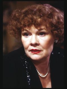 Image from http://www.moviemail.com/images/large/21989_Judi-Dench-2.jpg.