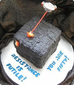 Star Trek Enterprise vs a Borg Cube birthday cake on Global Geek News.
