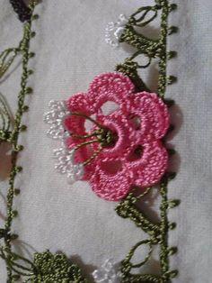 yazma oyası örnekleri 2015 - Google'da Ara Crochet Bouquet, Crochet Flowers, Crochet Edging Patterns, Crochet Stitches, Crochet Trim, Knit Crochet, Hand Embroidery Videos, Needle Lace, Crochet Projects