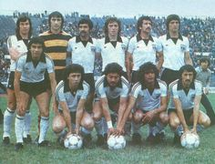 Colo Colo of Chile team group in Couple Photos, 1970s, Football, Group, Google, Necklaces, Breakfast Nook, Amor, Champs