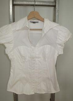 A vendre sur #vintedfrance ! http://www.vinted.fr/mode-femmes/blouses-and-chemises/15805050-chemisier-blanc-cintre-taille-s