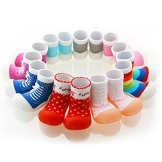 Attipas baby shoes are the number one choice of shoes in Australia for babies & toddlers. Endorsed by podiatrists Attipas will support first baby steps until 4 years of age. Kids Market, Walker Shoes, New Inventions, Baby Steps, First Baby, Toddler Shoes, Kids And Parenting, Cute Kids, Baby Kids