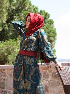 Tesettürlü Bayanlara Bayram İçin Kombin Tulum Modelleri | Tesettür Modası