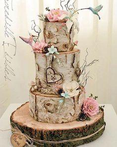 Boa noite com este bolo de casamento que encontrei no Pinterest. #casamento #wedding #miniwedding #noivado #ideiasdebolos #ideiasdebolosefestas #inspiracao