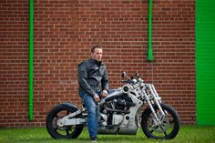 Kreater Custom Motorcycles: Toronto Star Visuals Department on assignment