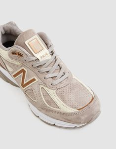 Buy the New Balance Running Sneaker in Beige at Need Supply Co. Beige Sneakers, Sneakers Mode, Running Sneakers, Sneakers Fashion, Running Shoes, Fashion Shoes, Beige Trainers, New Balance Outfit, Shopping