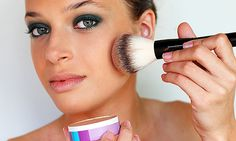 Erros de maquilhagem que temos de parar de fazer