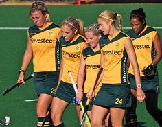 SA Womens Hockey... Women's Hockey, Field Hockey, World Of Sports, Family Traditions, Olympics, Basketball Court, African, Hockey