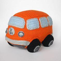 VW minivan amigurumi pattern by Christel Krukkert Crochet Car, Cute Crochet, Crochet For Kids, Crochet Crafts, Yarn Crafts, Crochet Toys, Crochet Projects, Vw Minivan, Amigurumi Patterns