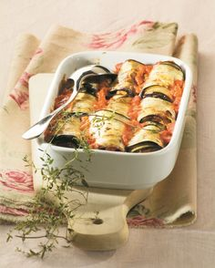cooking eggplant in the oven Oven Cooking, Cooking Time, Cooking Recipes, Healthy Recipes, Cooking Eggplant, Couscous, Fresh Rolls, Bon Appetit, I Foods