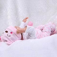 """Amazon.com: 22"""" Lifelike Silicone Doll Realistic Reborn Baby Sleeping Girl Alive Kids Playhouse Toy Collects Shooting Props: Toys & Games"""