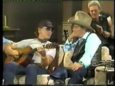 a great song by one of the graetest singers in music history ! Music Love, Good Music, My Music, Hello Walls, Jim Reeves, Waylon Jennings, Bluegrass Music, Country Music Videos, Willie Nelson