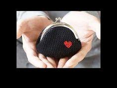 free crochet purse free patterns - http://www.knittingstory.eu/free-crochet-purse-free-patterns/