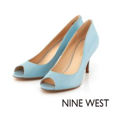 NINE WEST 柔美粉色系當道 完美切割弧線中低跟魚口鞋-粉嫩藍 - Yahoo!奇摩購物中心