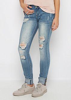 Flex Torn & Cuffed Skinny Jean in Curvy