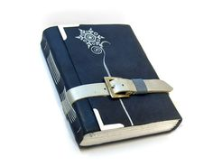 I would love to start a journal... If I was sure my husband wouldn't snoop. :P