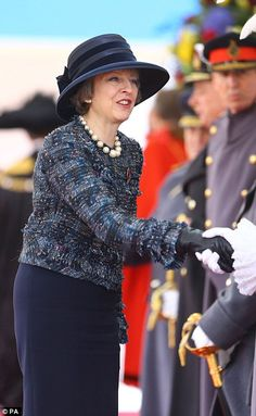 Prime Minister Theresa May during the ceremonial welcome for Colombia's president Juan Manuel Santos Dress Code, Teresa May, Queen Of England, Fancy Shoes, Advanced Style, Chic Outfits, Work Outfits, Dress To Impress, My Style