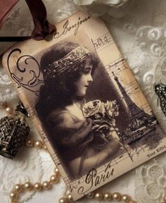 Vintage Paris hang tag