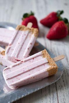 Strawberry cheesecake ijsjes