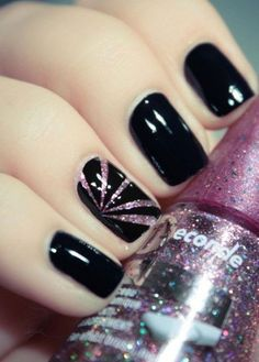 Simple-Black-Nail-Art-Designs-Ideas-2013-2014-10.jpg 450×629 pixels