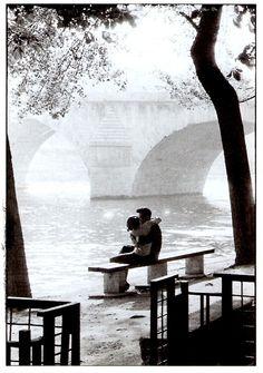 Parce que la vie est comme l'eau, et l'amour comme une rivière....