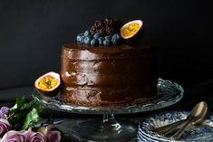 Υγιεινή Τούρτα Σοκολάτας – Healthy Chocolate Birthday Cake - The Healthy Cook Healthy Chocolate, Chocolate Fondue, Processed Sugar, Sweets Cake, Pastry Recipes, Panna Cotta, Special Occasion, Sweet Treats, Birthday Cake