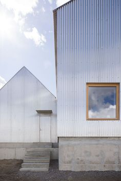 Revisiting 'House For Mother' by Förstberg Ling - Nordic Design Corrugated Roofing, Corrugated Metal, Facade Design, Architecture Design, House Design, Metal Cladding, External Cladding, The Gables, Nordic Design